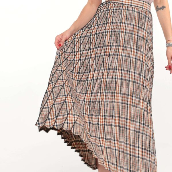 checked-midi-skirt-01