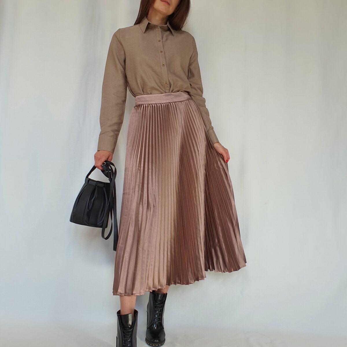 Плиссированная юбка из атласа