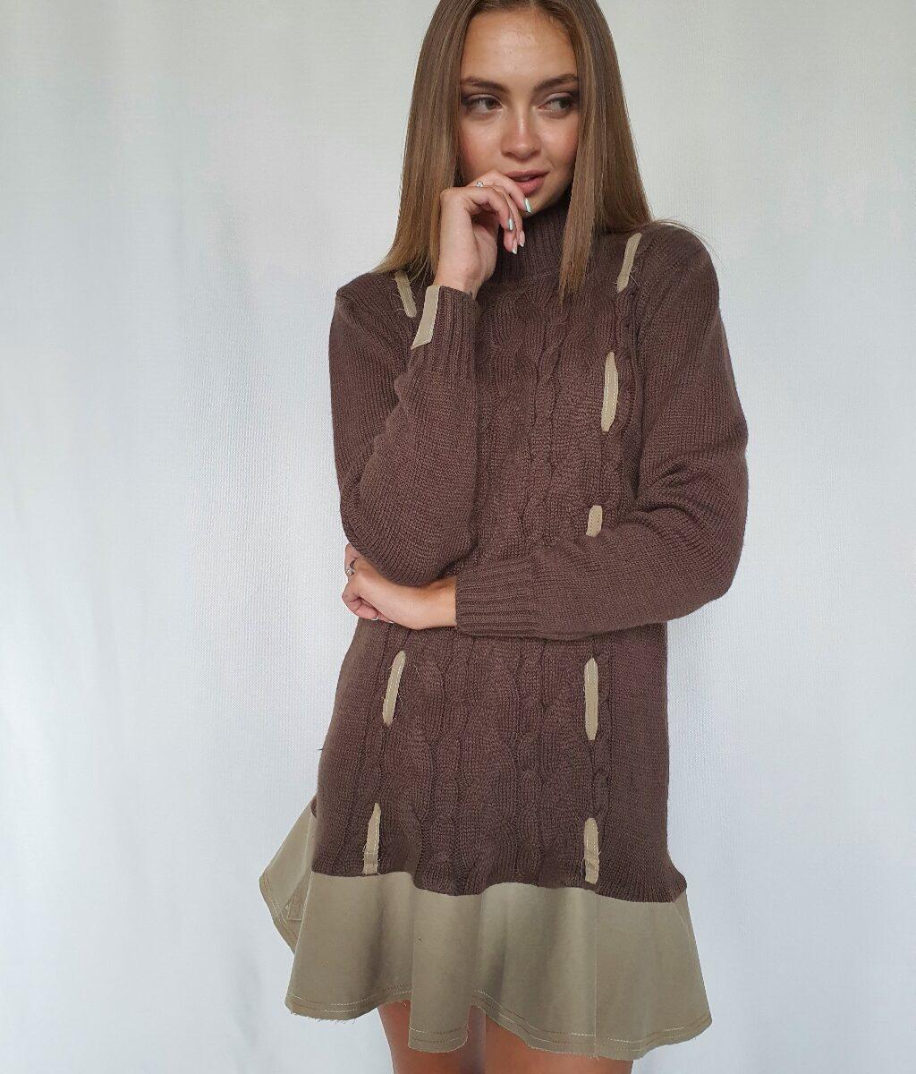 Вязаное платье c отделкой