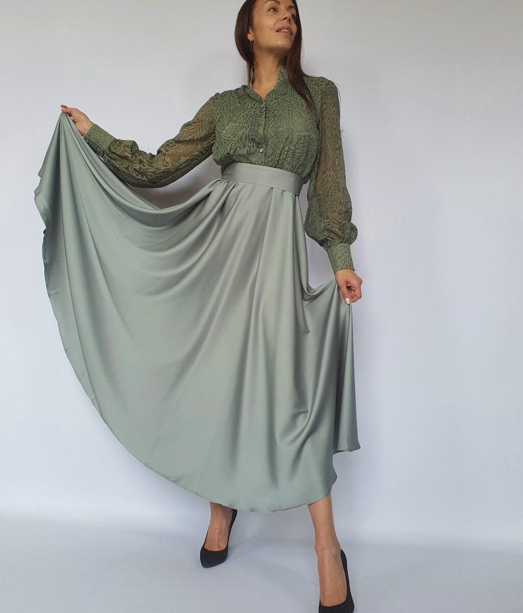 Платье-рубашка макси со струящейся юбкой